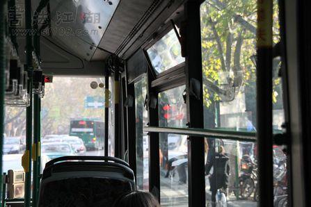 公交_1.jpg